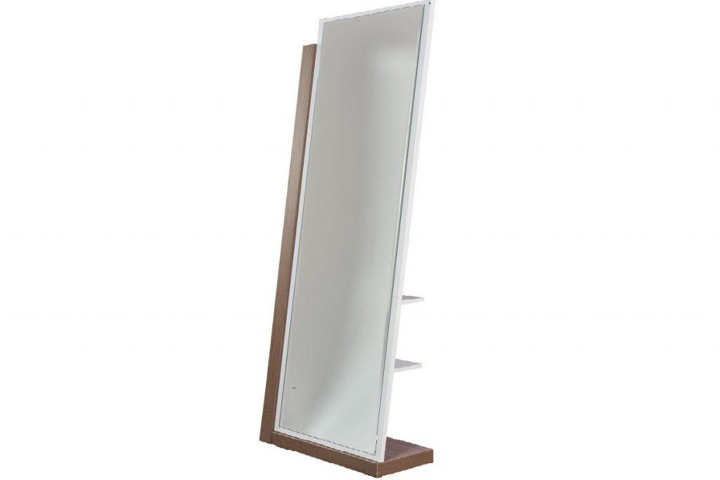 اتاق خیاطی مناسب : یک نمونه آینه قدی